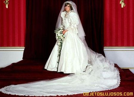 vestido-de-bodas-de-la-princesa-diana