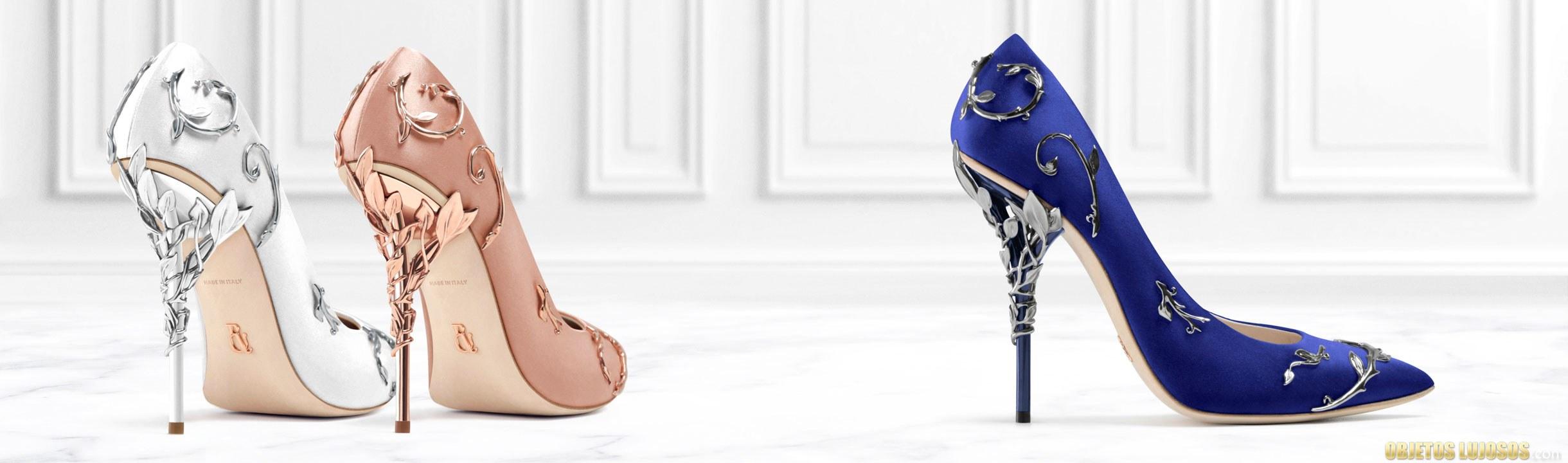 zapatos de tacón tallados