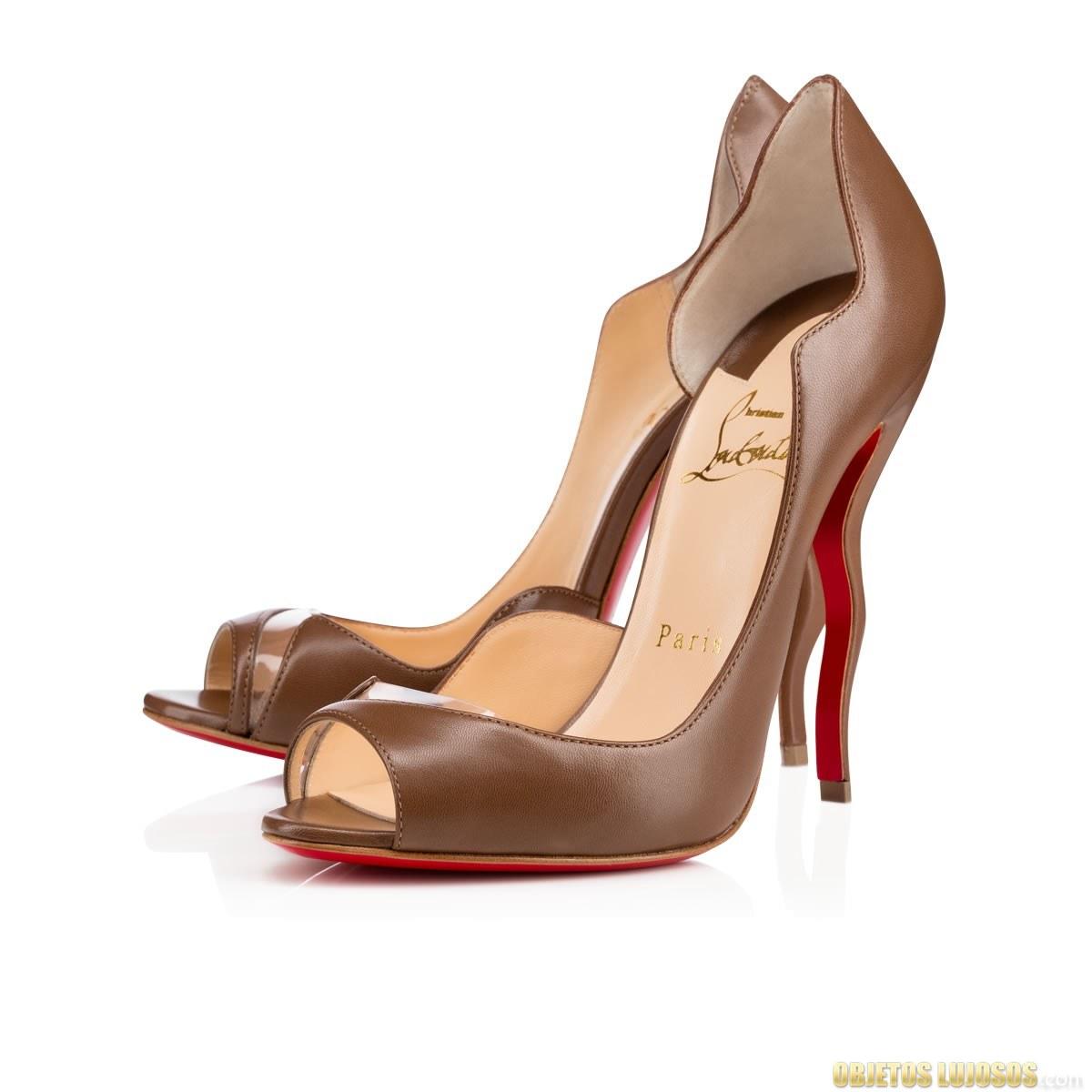 zapatos nude-marrón de louboutin